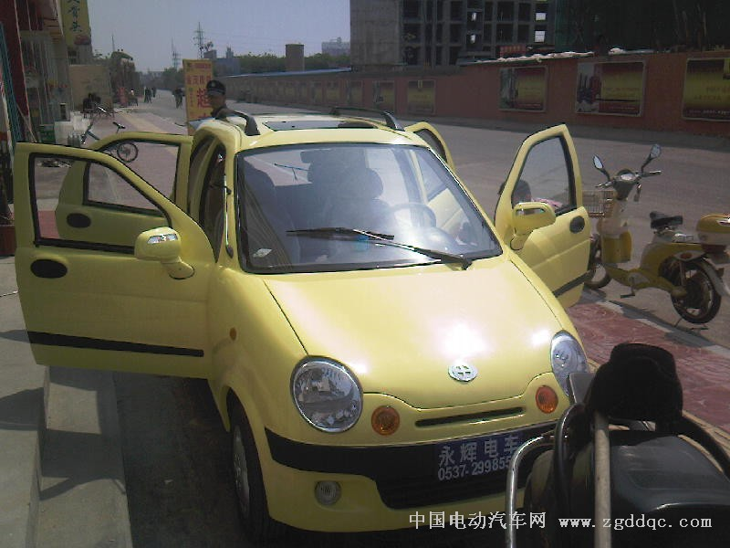 有时风电动汽车图片